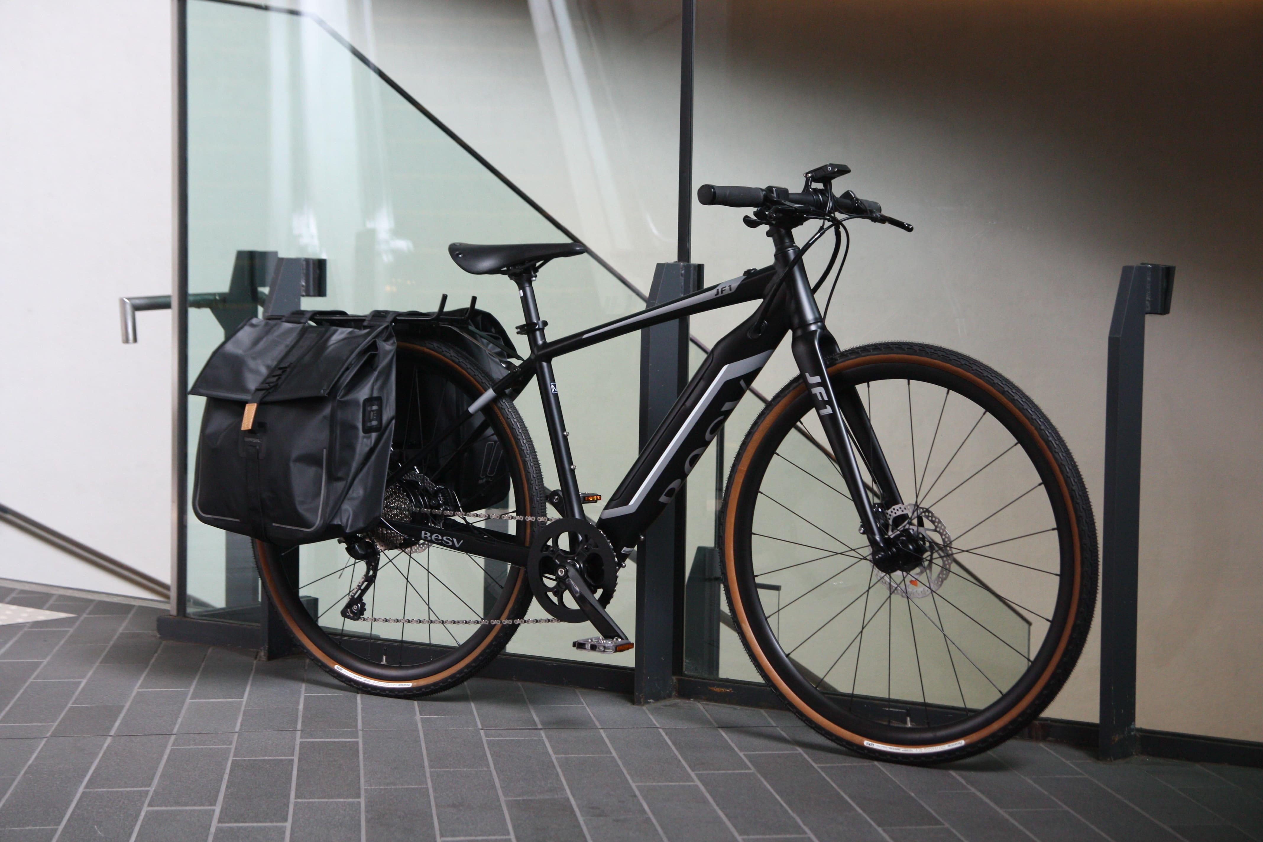 【旅×e-bike】BESV(ベスビー)「JF1」~大人のパニアカスタム~